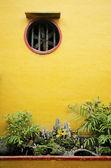 Chinese temple garden detail in vietnam — Stock Photo