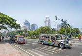 Jeepneys in rizal park manila philippines — Stock Photo