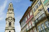 Des clercs à tour landmark à porto portugal — Photo