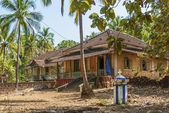Old colonial houses in goa india — Stock Photo
