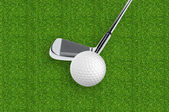 Golf ball on the green grass of the golf course — 图库照片