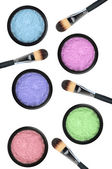 Set of 5 eyeshadows and brushes isolated on white background — Stock Photo