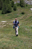 Trekking nelle Alpi — Foto Stock