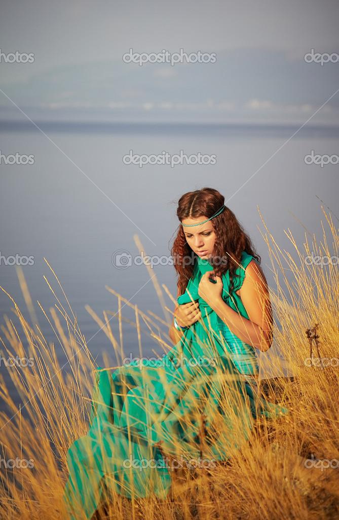 Классная девушка трогает себя фото 157-889