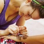 henna sztuka kobieta — Zdjęcie stockowe