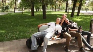 Jolly wedding photographers — Stock Video