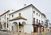испанский белый город ронда — Стоковое фото