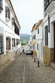 Starej ulicy starożytnych ronda nad doliną — Zdjęcie stockowe