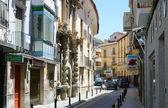 Eski i̇spanyol şehir baza dar sokak — Stok fotoğraf