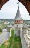 Medieval fortress above the Ukrainian town Kamianets-Podilskyi — Stock Photo