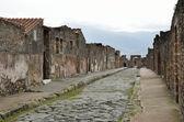 Restauriert Straße in der alten Stadt Pompeji — Stockfoto