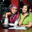 Beautiful asian young businesswomen smile in cafe — Stock Photo