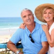 Senior couple at the beach — Stock Photo #14121238
