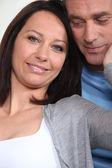 女人摸丈夫的脸 — 图库照片