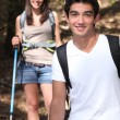 Young couple hiking — Stock Photo