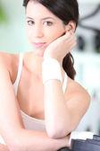 Kobieta odzyskania oddechu w siłowni — Zdjęcie stockowe