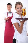 Camarero y camarera — Foto de Stock