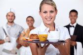 Uma equipe de funcionários do restaurante. — Foto Stock