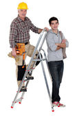 Carpenter taking on new trainee — Stock Photo