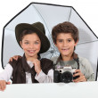 Kids dressed as photographers - 图库照片
