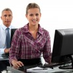 Unternehmen arbeiten am Computer — Stockfoto #16804297