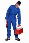 Plumber holding toolbox — Zdjęcie stockowe