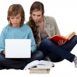 Two teenage friends revising — Stock Photo