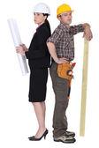 Arquitecto y carpintero — Foto de Stock