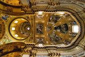 天井、サンのアンドレア ・ デッラ ・ ヴァッレ — ストック写真
