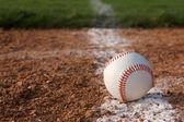 Beisebol fechar na linha de giz — Foto Stock