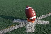 キックオフ ティーアップ アメリカン フットボール — ストック写真