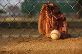 Baseball et gant — Photo