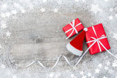Gift boxes and Santas hat — Stock Photo