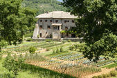 La foresta franciskanska klostret och dess orchard, rieti — Stockfoto