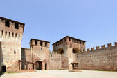 Main courtyard north view, Soncino Castle — Stock Photo