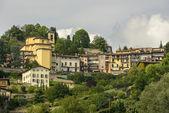 Borgo Canale and its church, Bergamo — Stock Photo