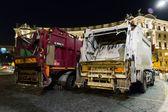 Dumping truck — Stock Photo