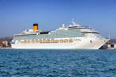 White luxury cruise ship — Stock Photo