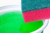 Savon vaisselle et éponge — Photo