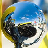 Reflexão do carro antigo — Foto Stock