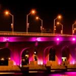 Illuminated Bridge — Stock Photo