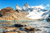 "Fitz roy and lake ""de los 3"" 03 — Stock Photo"
