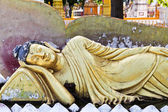 Old Reclining Buddha Statue Closeup — Stock Photo