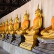 Stock Photo: Buddhstatues at temple