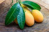 Sweet yellow Marian plum ,Plum mango, thailand — Stock Photo