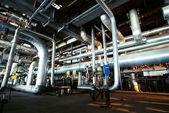 Strefa przemysłowa, rurociągów stalowych i zawory — Zdjęcie stockowe