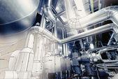 Esboço do projeto de tubulação misturado com foto de equipamento industrial — Fotografia Stock
