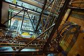 Zone industrielle, des câbles et des pipelines en acier — Photo