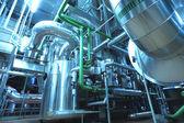 機器、ケーブル、現代産業の内部にある配管 — ストック写真
