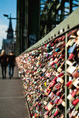 Love locks of Hohenzollern bridge in Cologne — Stock Photo